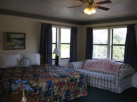 White Columns Motel Pine Mountain Ga