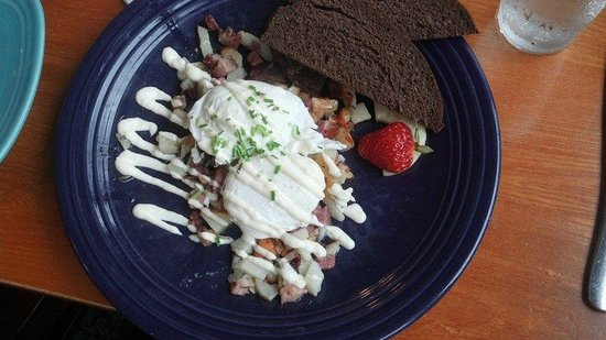The Corner Kitchen: Homemade Corned Beef Hash