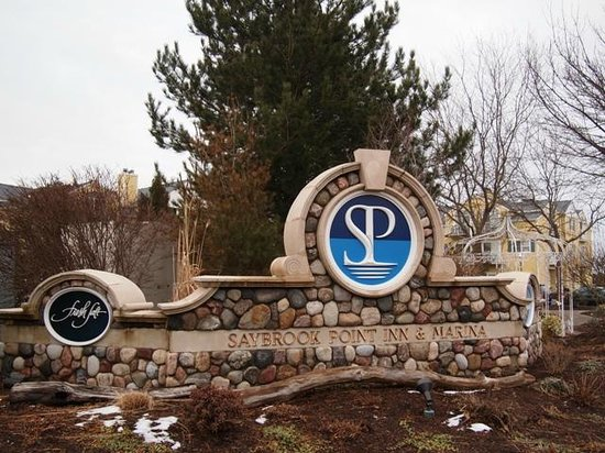Saybrook Point Inn & Spa: hotel entrance