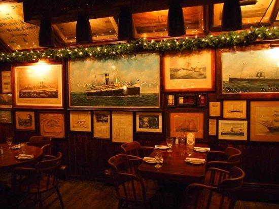 Griswold Inn ~ Dining: art inside the restaurant
