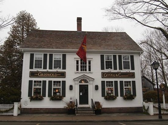 Griswold Inn ~ Dining: gift shop