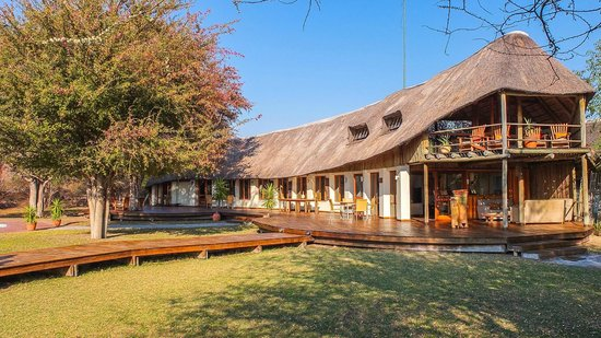Leroo La Tau: Main Lodge