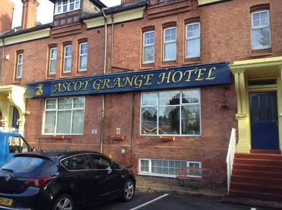 Ascot Grange Hotel : nice friendly staff. comfy bed.