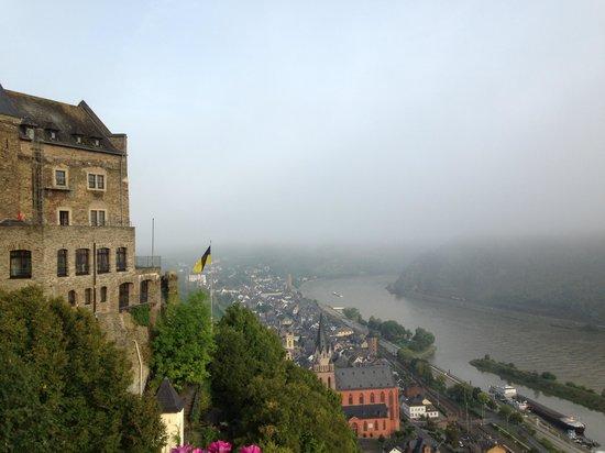 Auf Schönburg Burghotel und Restaurant: Oversees the river Rhine