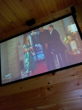 Gatlinburg Falls Resort: Another shot of the screen, with movie playing.