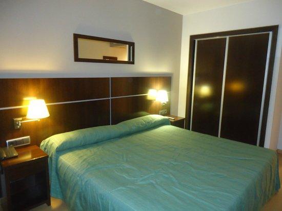 Hotel Tarraco Park : Habitación