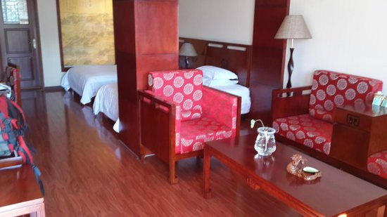 Yinfeng Hotel: Deluxe Room