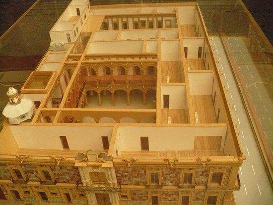 Museum of the City of Mexico (Museo de la Ciudad de Mexico): Maqueta del Museo (desde arriba)