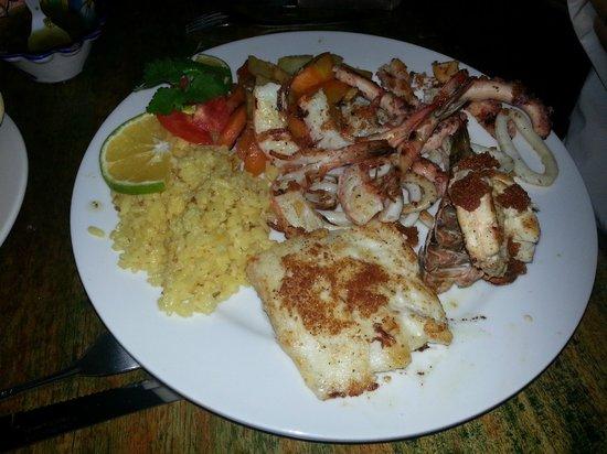 Amigos : Mixed seafood platter