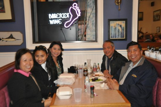 Anthony's Seafood: Satisfied , FULL and HAPPY- Thanks to Tito Doy aand Tita Cely