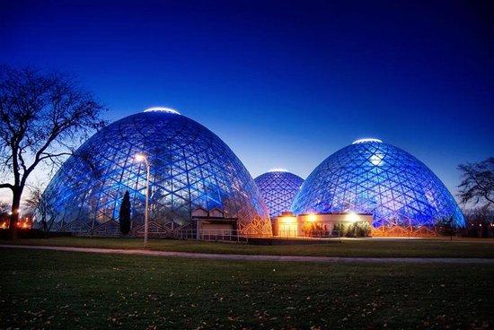 Best Western Milwaukee West: Enjoy Milwaukee's Mitchell Domes