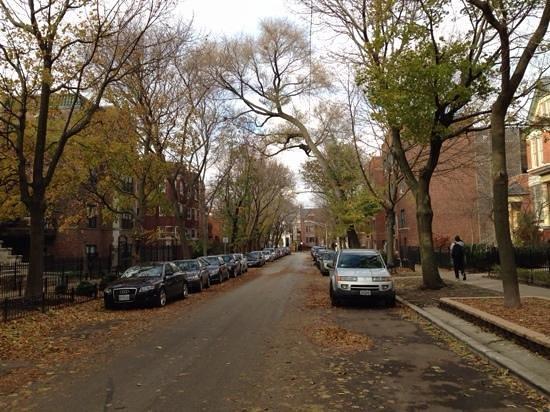 Chicago Getaway Hostel: Vista da rua