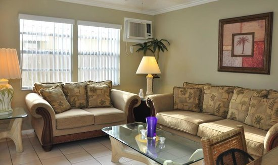 Liberty Garden Suites: Spacious Living Rooms
