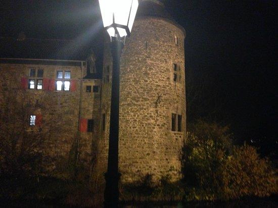 Restaurant Haus zum Haus: A View of the Castle