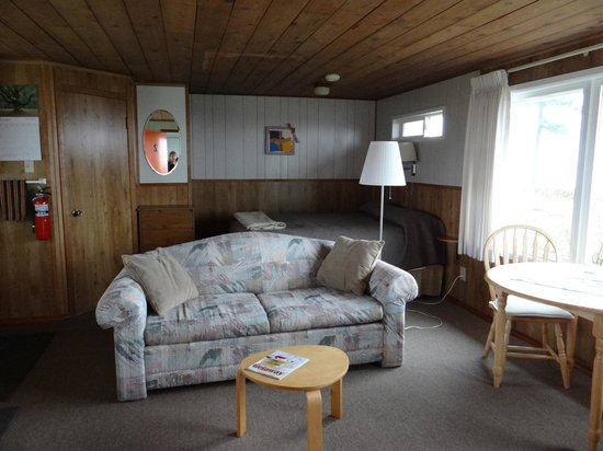 Dungeness Bay Cottages: #2 Oceanview Cottage