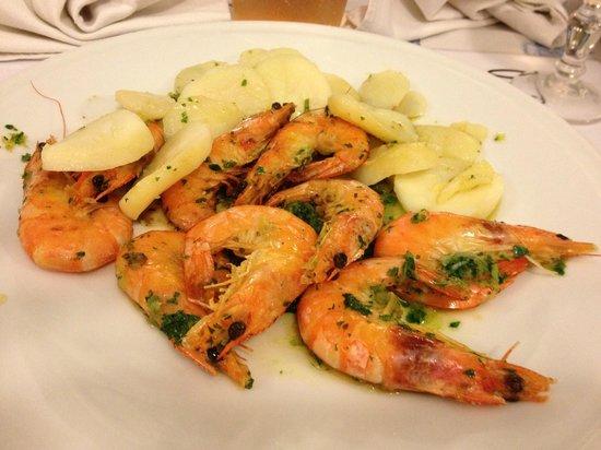 Hôtel La Fiancée du Pirate : Seafood Restaurant close to hotel - delicious!!