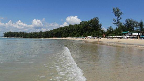 Nai Yang Beach: A quiet Naiyang beach