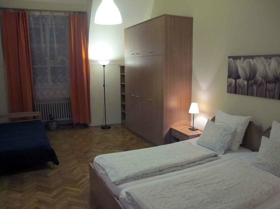 Happy Prague Apartments : Happy Prague_Ground Floor bedroom