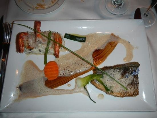 L'Escapade: the special that night. vanillia foam. sea bass yum