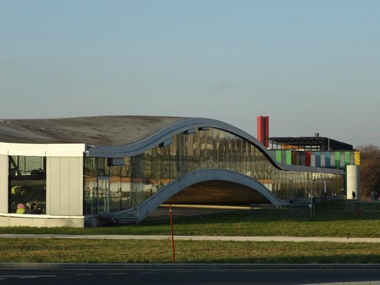 Rolex Learning Center EPFL : センター外観2