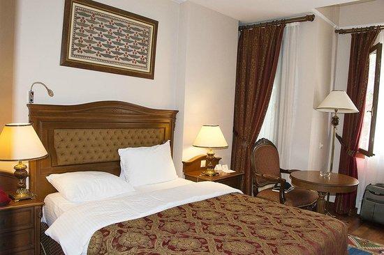 HOTEL ROOM SULTANHAN HOTEL