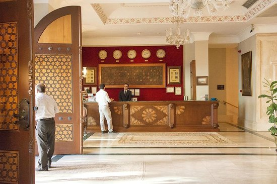 Sultanhan Hotel: RECEPTION OF HOTEL SULTANHAN