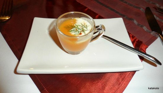 DeDos : Chef's complimentary carrot & ginger cappuccino with cream & dill