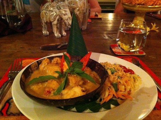 Goddess Retreats : Seafood curry