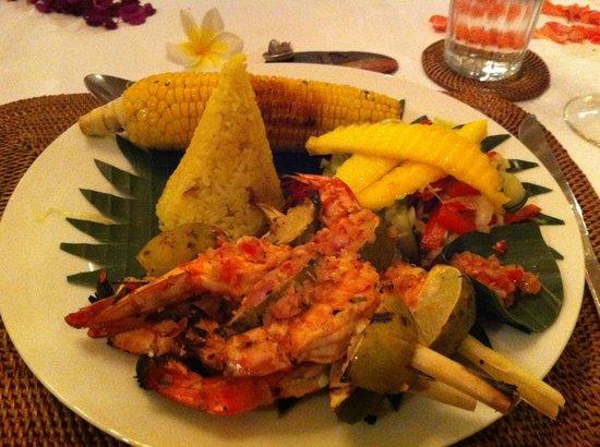 Goddess Retreats : Last night Indonesian dinner