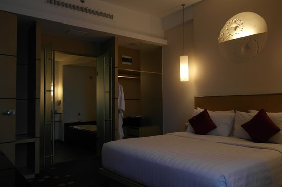 Novotel Bandung: Suite on Level 6 with connecting room