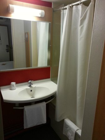 B&B Hotel Lyon Saint Priest : Bagno