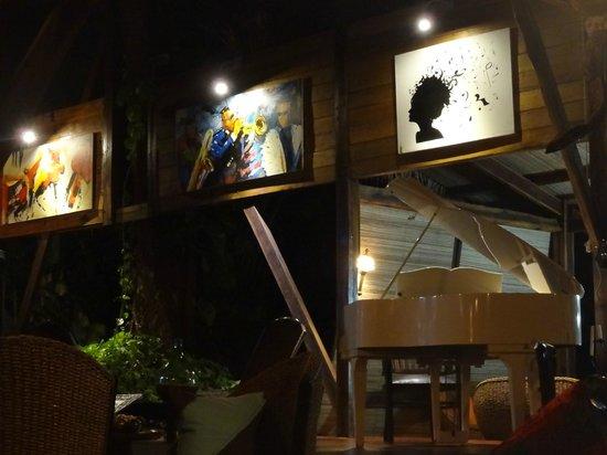 Manga Soa Lodge: bar