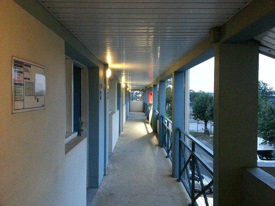 B&B Hotel Lyon Saint Priest : Esterno camere