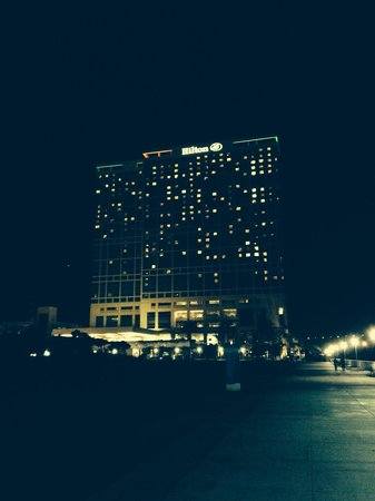 Hilton San Diego Bayfront: View by night