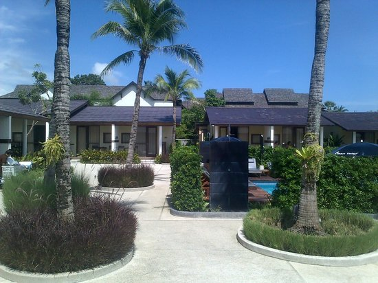 Baan Talay Resort: The pool area