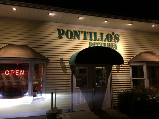Pontillo's Pizza & Pasta: Front Entrance