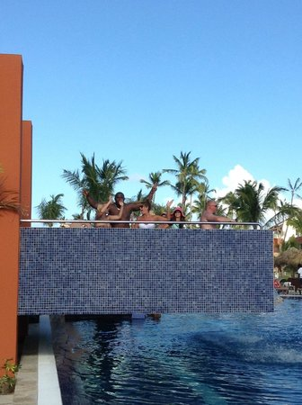 Breathless Punta Cana Resort & Spa: Pool closer to the Chech in area