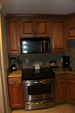 The Residences at Biltmore : Kitchen