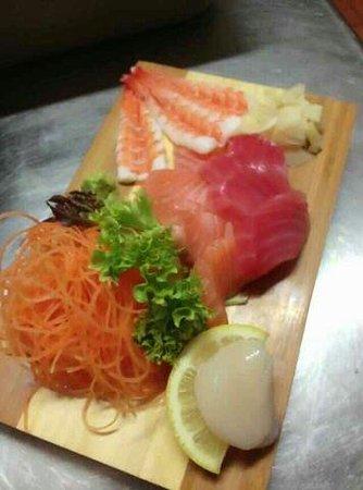 Tako Japanese Dining: Main sashimi