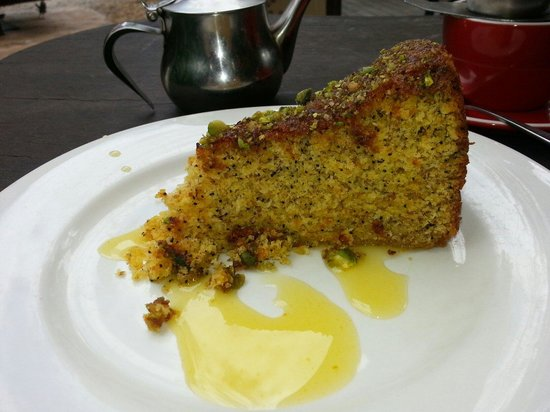 Poinciana: Orange and pecan cake