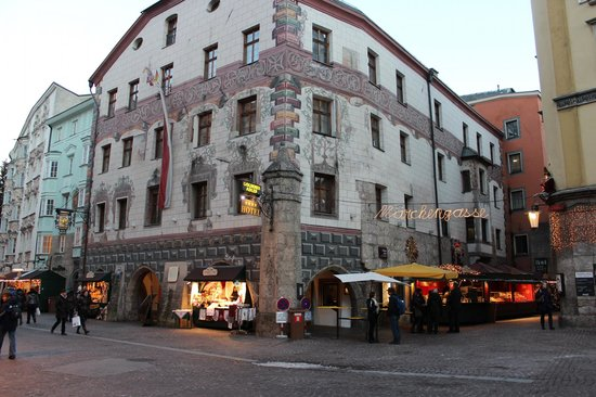 BEST WESTERN PLUS Hotel Goldener Adler: The front of the Hotel