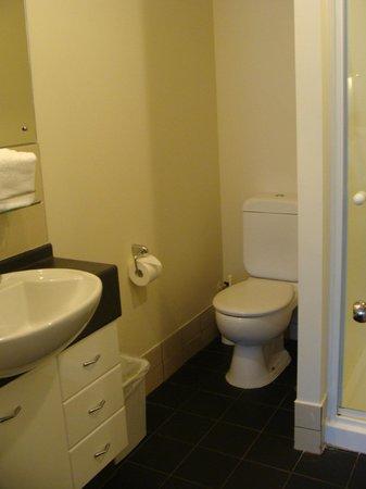 Best Western President Hotel Auckland: Bathroom