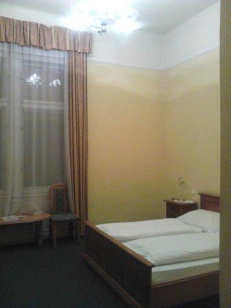 City Hotel Unio: номер