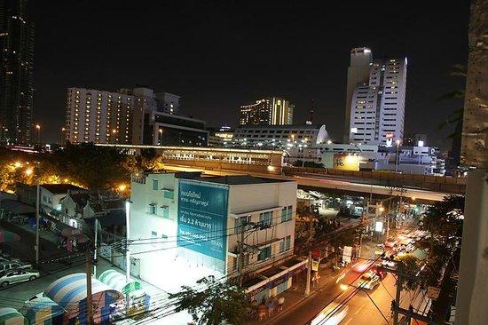 Bangkok Hub: .