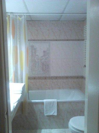 City Hotel Unio: ванная