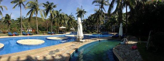 Resort Golden Palm: Swimming pool area: quiet.