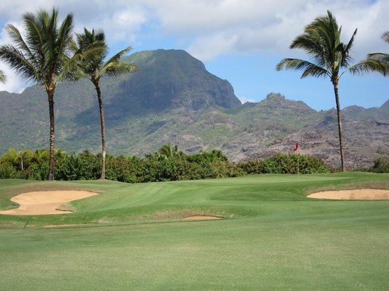 Poipu Bay Resort Golf Course: One of the many beautiful views