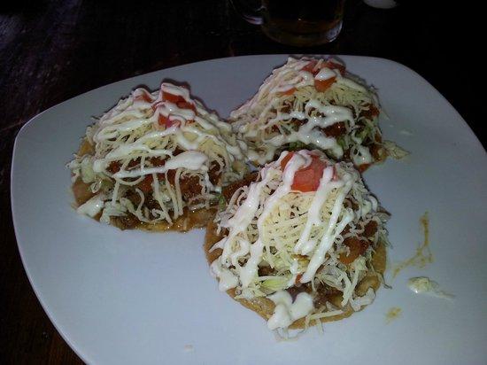 Mooon Cafe : Tostadas