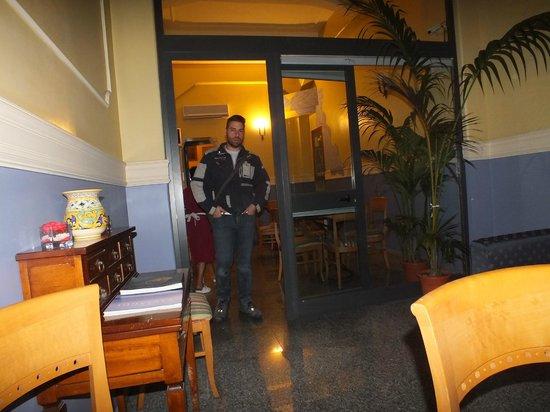 La Residenza Hotel: salette molto confortevoli