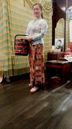 Straits Chinese Jewelry Museum Malacca: Litter nyonya from China
